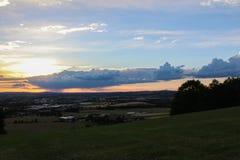 Взгляд Panoramatic на городе Ceske Budejovice в заходе солнца Стоковая Фотография RF