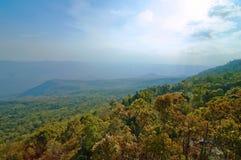 взгляд phukradueng горы Стоковая Фотография RF