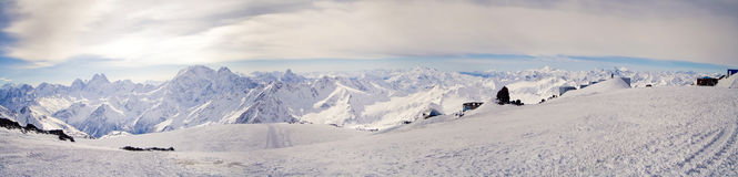 взгляд ridg кавказской главной горы панорамный Стоковое Изображение