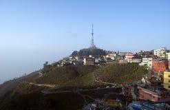 Взгляд Sceniv фото башни ТВ городка Kurseong стоковое изображение rf