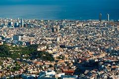 взгляд tibidano barcelona Испании стоковая фотография