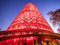 Взгляд Torre Agbar на ноче Стоковые Изображения