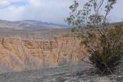 взгляд ubehebe кратера стоковое фото rf