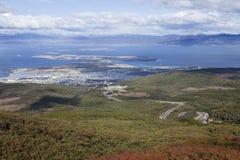 Взгляд Ushuaia от близрасположенной горы Стоковое Изображение RF