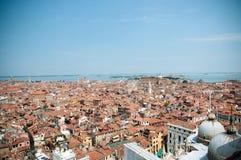 взгляд venice башни san крыш marco красный Стоковые Фото
