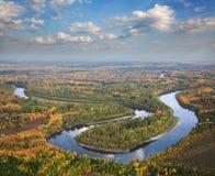Взгляд сверху к реке на осень Стоковые Изображения