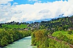 Взгляд Австрия весны гор Альпов Стоковые Изображения RF