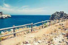 Взгляд ландшафта лета морского побережья красивого Стоковые Изображения RF
