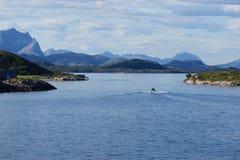 Взгляд ландшафта побережья Норвегии Стоковая Фотография