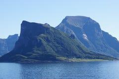 Взгляд ландшафта побережья Норвегии Стоковая Фотография RF