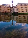 Взгляд Арно в Флоренсе, Италии Стоковые Изображения RF