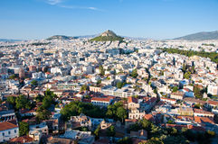 Взгляд Афин и Mount Lycabettus, Греции. стоковое изображение