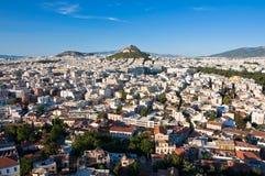 Взгляд Афин и Mount Lycabettus, Греции. стоковые изображения