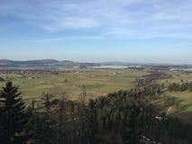 Взгляд баварской сельской местности от замка Нойшванштайна, баварских Альпов, Германии Стоковое Фото