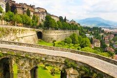 Взгляд Бергама, Италии стоковое фото rf