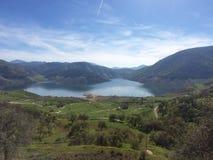 Взгляд берега озера Стоковые Изображения RF