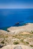 Взгляд береговой линии Greco накидки, Кипр 7 стоковое изображение