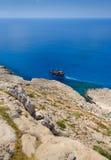 Взгляд береговой линии Greco накидки, Кипр 8 стоковые фото