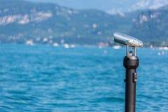 Взгляд биноклей замечания острова Стоковые Фотографии RF