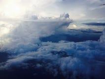 Взгляд верхней границы облаков земли Стоковая Фотография