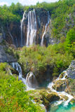 Водопады на озерах Plitvice весной стоковая фотография rf