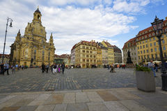 Взгляд вечера квадрата нового рынка в Дрездене Стоковые Фотографии RF