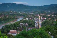 Взгляд вечера над Luang Prabang, Лаосом стоковое изображение