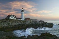 Взгляд восхода солнца маяка головы Портленда, накидки Элизабета, Мейна Стоковое Фото