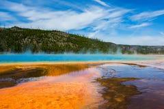 Пурпуровый туман в национальном парке yellowstone стоковое изображение rf