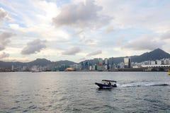 взгляд гавани Виктории на пароме hk Стоковые Фото