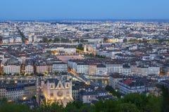 Взгляд города Лиона от Fourviere на ноче Стоковая Фотография