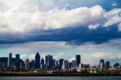 Взгляд города Монреали только перед штормом Стоковые Фотографии RF