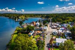 Взгляд города от моста города Чесапика, Marylan Чесапика Стоковая Фотография