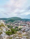 Взгляд города от холма Стоковое фото RF