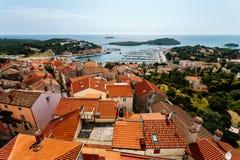Взгляд города от церков ` s Vrsar Святого Антония колокольни, Хорватия стоковая фотография rf