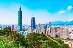 Взгляд города Тайбэя на солнечный день Стоковые Изображения