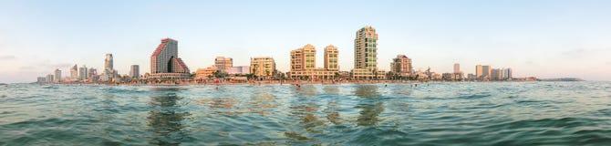 Взгляд города Тель-Авив панорамный от Средиземного моря Стоковые Фотографии RF