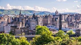 Взгляд города Эдинбурга на холме Calton, Шотландии Стоковые Изображения