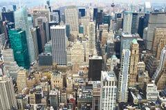Взгляд городского пейзажа Манхаттана от Эмпайра Стейта Билдинга Стоковые Фото