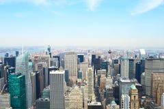 Взгляд городского пейзажа Манхаттана от Эмпайра Стейта Билдинга Стоковое Фото