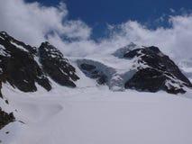 Взгляд гор в швейцарских Альпах Стоковое Фото