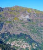 Взгляд гор на трассе Encumeada - Boca De Corrida, острове Мадейры, Португалии, Европе Стоковая Фотография RF