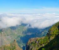 Взгляд гор на трассе Encumeada - Boca De Corrida, острове Мадейры, Португалии, Европе Стоковые Изображения