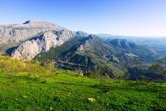 Взгляд гор от высокой точки Стоковые Изображения RF