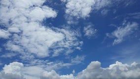 Взгляд голубого неба и облаков Стоковое фото RF