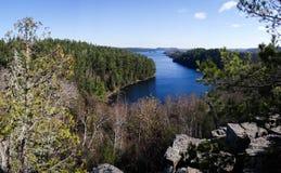 Взгляд границы мочит озера Стоковые Изображения