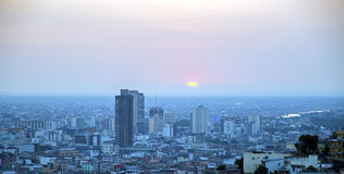 Взгляд Гуаякиля на заходе солнца Стоковые Фото