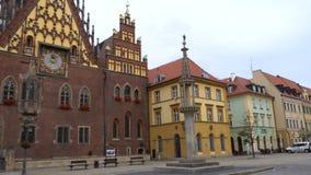 Взгляд главной площади Rynek польского города Wroslaw сток-видео