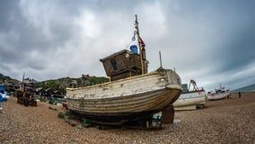 Взгляд глаза рыб рыбацких лодок на пляже Стоковое Изображение RF