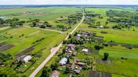 Взгляд деревни центральной России сверху стоковые фотографии rf